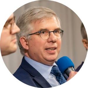 Prof. Andrew Ullmann MdB Infektiologe